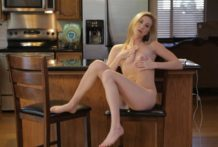 Nubile Films – Display-off