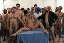 Taut Blonde Damsel Receives Extraordinary Xxx GangBang