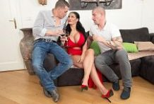 Giant Tit Intercourse Superstar Will get Two Studs