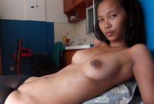 Beautiful young Filipina pussy creampied after street meeting