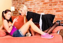 When the frenzied lesbians Leony & Vanessa are concupiscent they smash