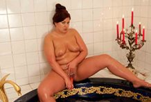 big beautiful woman inexperienced toying and nailing