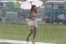 Spectacular Filipina stunner picked up in the rain then penetrated stiff by foreign chap