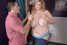 Big-titted Shoplifter Blasted!