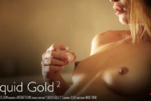 Liquid Gold – Susie