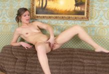 Hawt youthful cougar peels