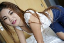 Passion-stricken Thai babe enchanting white tourist