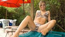 Sole-Jacking in the Jacuzzi